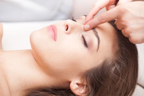Soin de réflexologie faciale